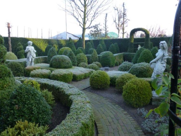 Huis en tuin van Ad en Rozannie