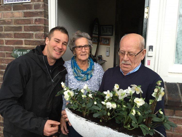 Ivo verrast de ouders van Monique - PlantPlezier.nl